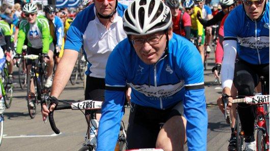 Hans-Peter Vranken gewinnt Radmarathon.